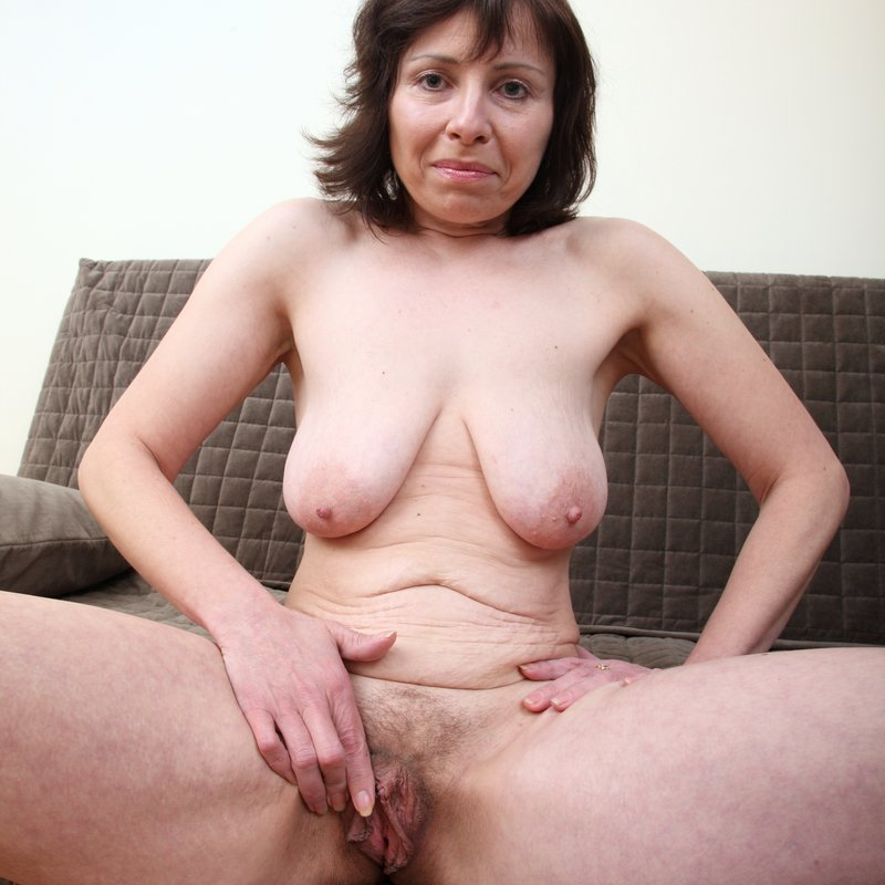 Chat sexy rencontre x Donatienne Biscarrosse