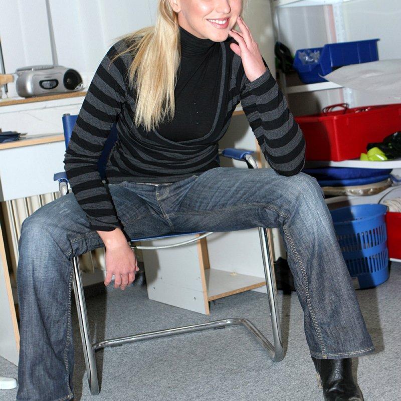 Chat sexy rencontre x Lyndi Frontignan