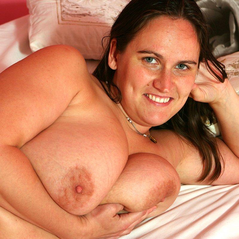 Chat sexy rencontre x Roxanna Passy